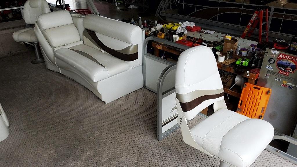 2007 Crest Pontoons boat for sale, model of the boat is Sunset Bay 190 Fish DL & Image # 8 of 10