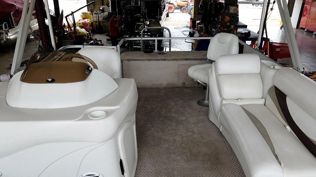 2007 Crest Pontoons boat for sale, model of the boat is Sunset Bay 190 Fish DL & Image # 9 of 10
