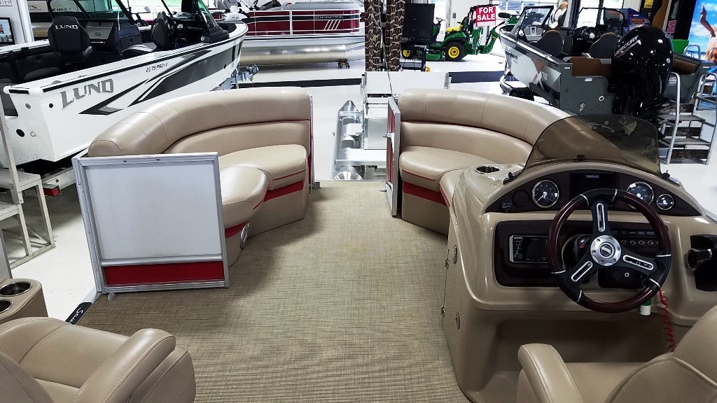 2018 South Bay boat for sale, model of the boat is 500 Series 521CR 2.0 & Image # 5 of 8
