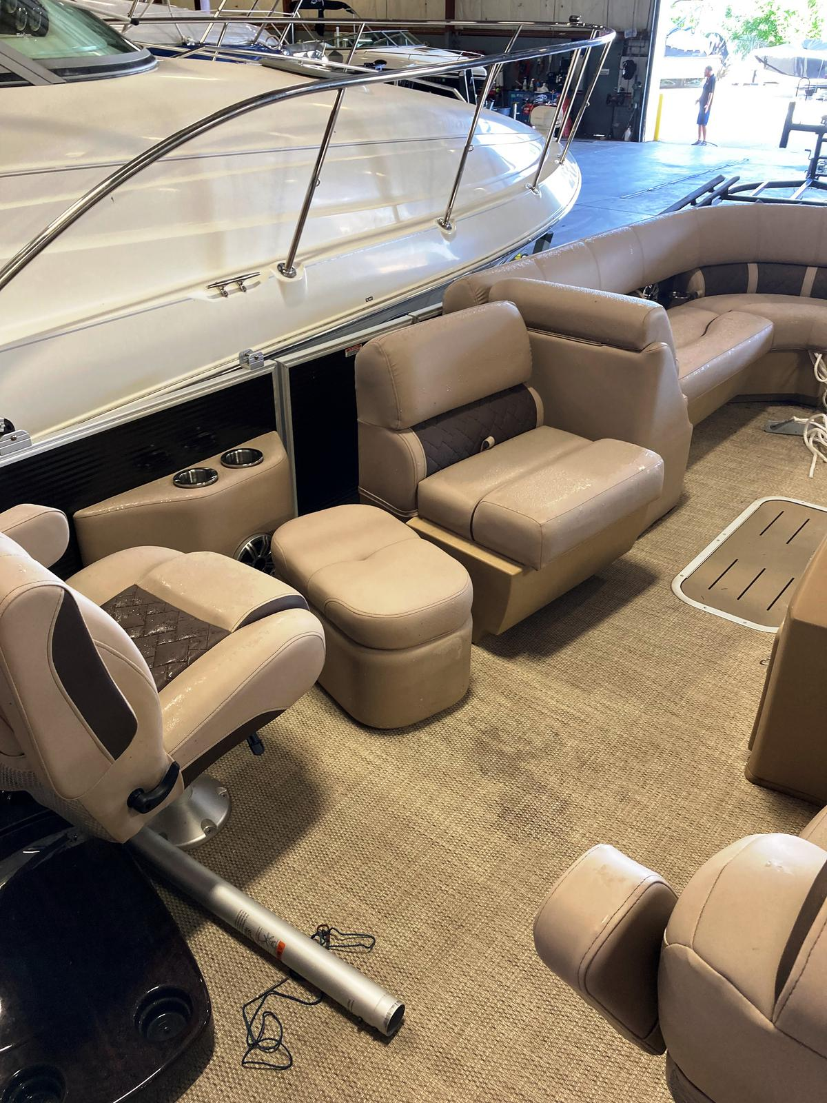 2019 Bennington boat for sale, model of the boat is 25 SSBXP & Image # 5 of 5