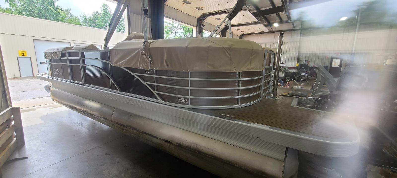 2018 Bennington boat for sale, model of the boat is 22 GSR & Image # 1 of 9