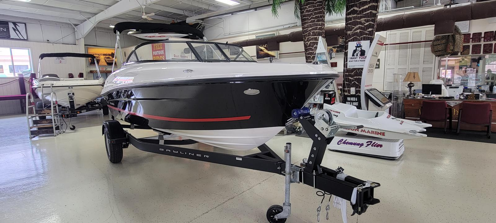 2021 Bayliner boat for sale, model of the boat is VR4 Bowrider & Image # 1 of 11