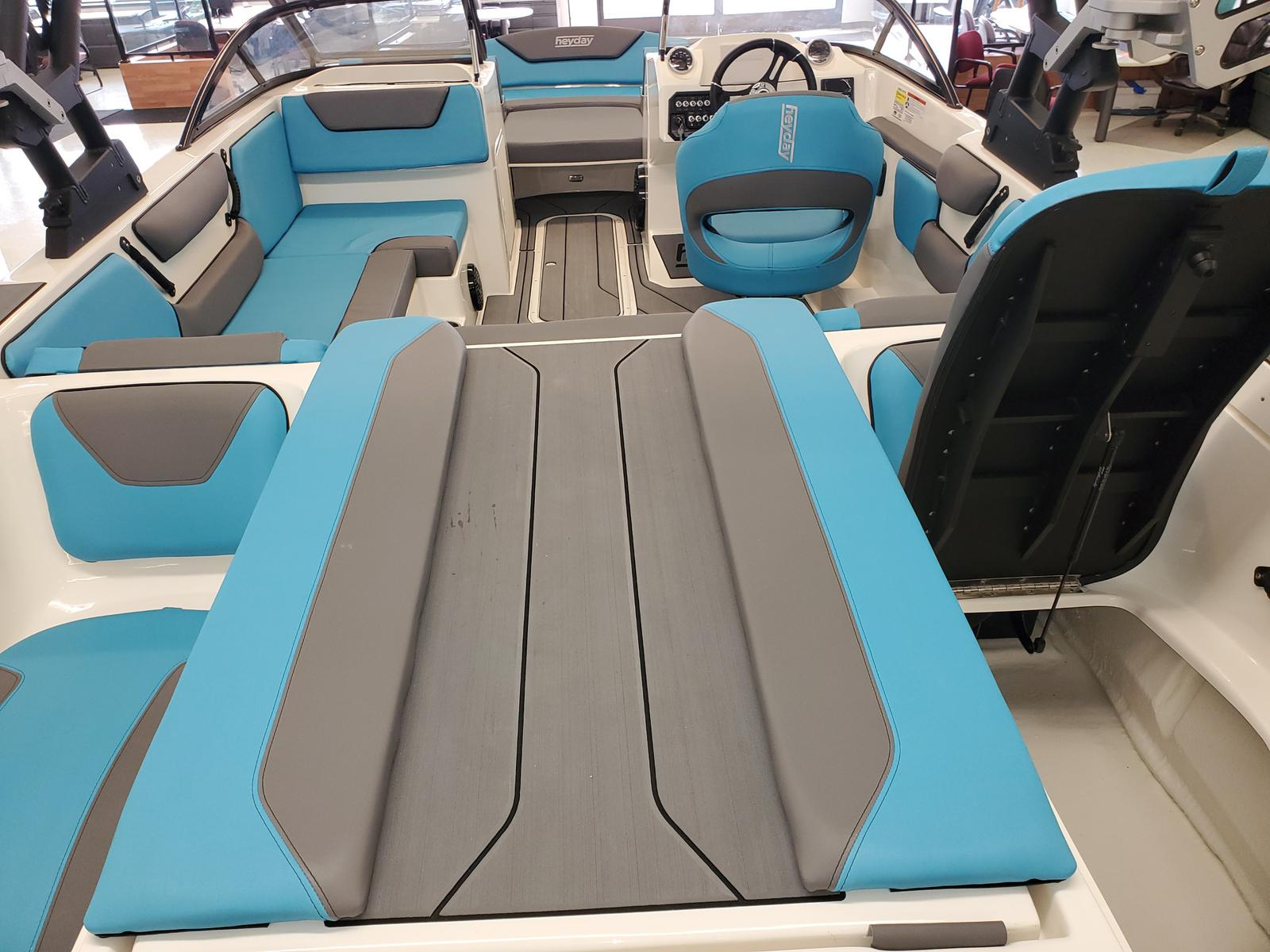 2021 Heyday boat for sale, model of the boat is WT-2DC & Image # 3 of 10