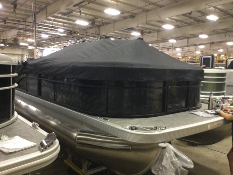 2021 Bennington boat for sale, model of the boat is 23 SSBX & Image # 6 of 22