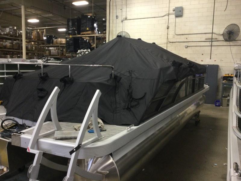 2021 Bennington boat for sale, model of the boat is 23 SSBX & Image # 10 of 22