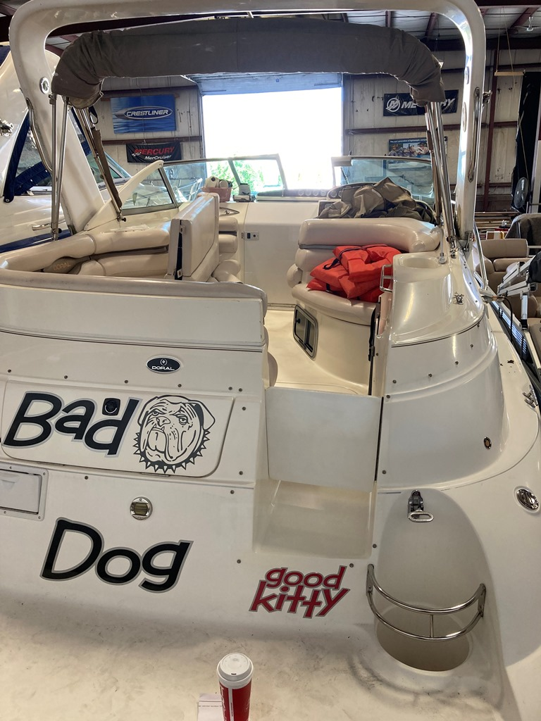 2001 Doral International boat for sale, model of the boat is 300 SE & Image # 1 of 7