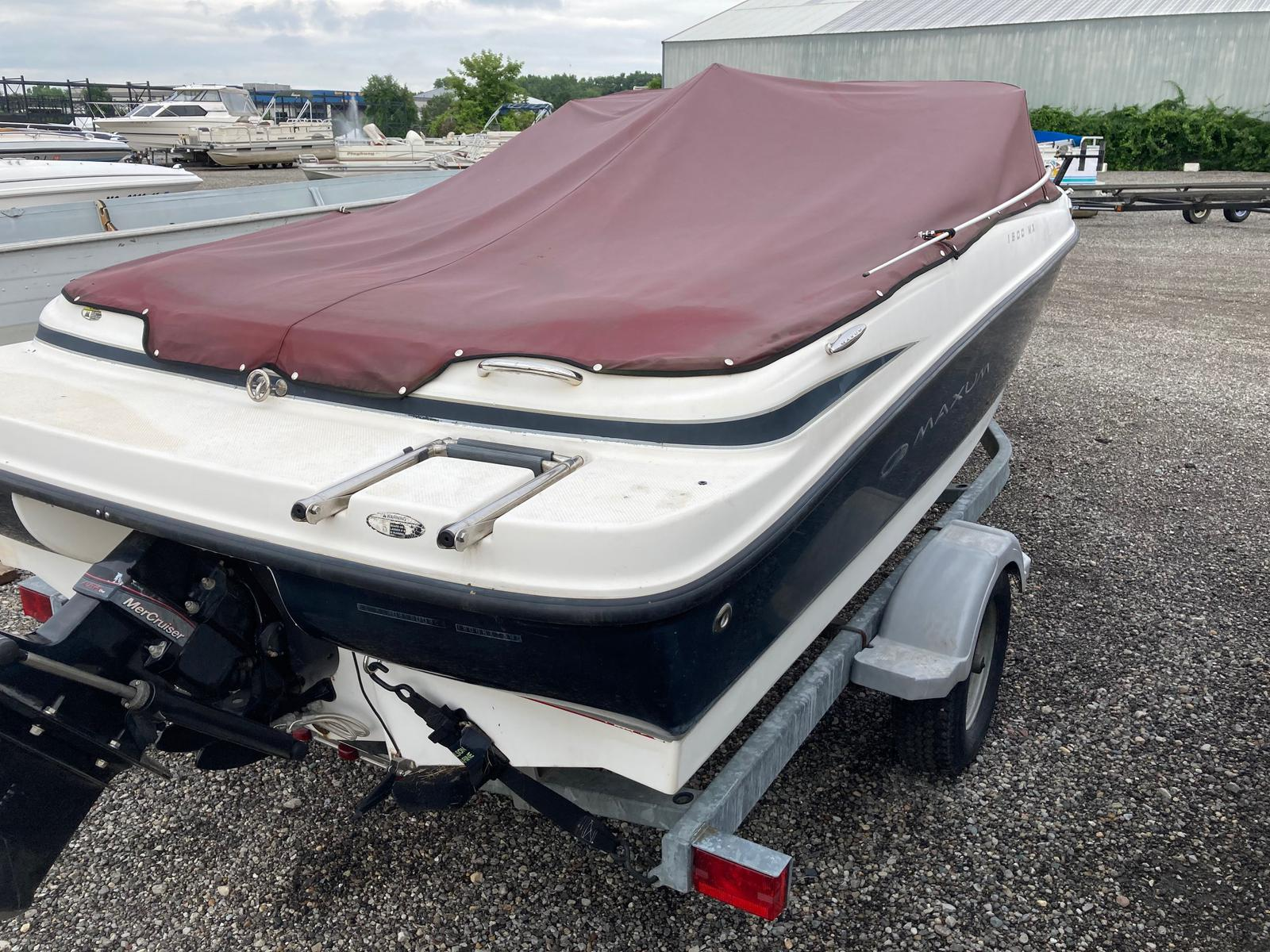 2008 Maxum boat for sale, model of the boat is 1800 MX & Image # 2 of 12