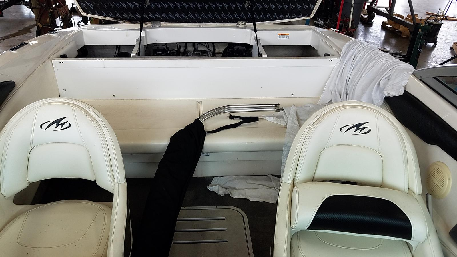 2013 Monterey boat for sale, model of the boat is Sport Boat 184FS & Image # 5 of 10