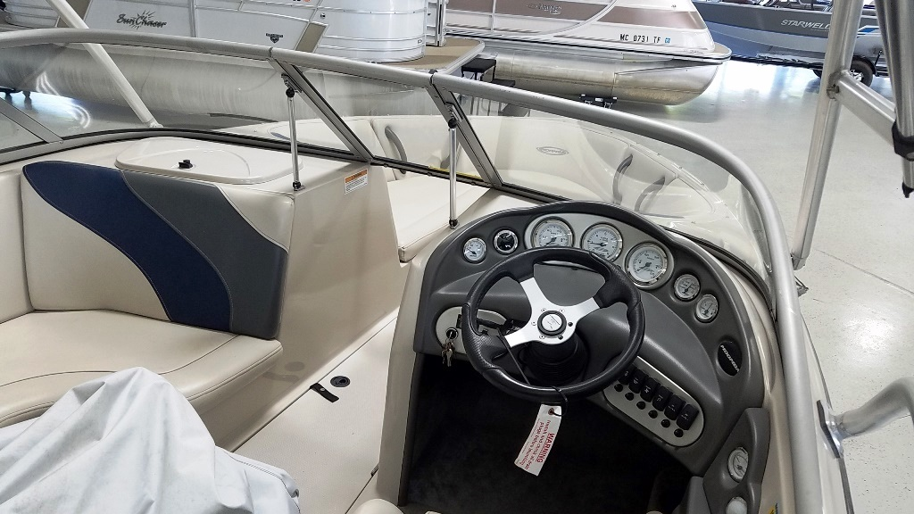 2004 Moomba boat for sale, model of the boat is Mobius LSV & Image # 6 of 11