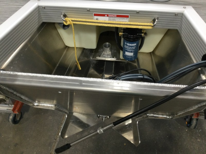 2021 Bennington boat for sale, model of the boat is 23 LXSB & Image # 2 of 12