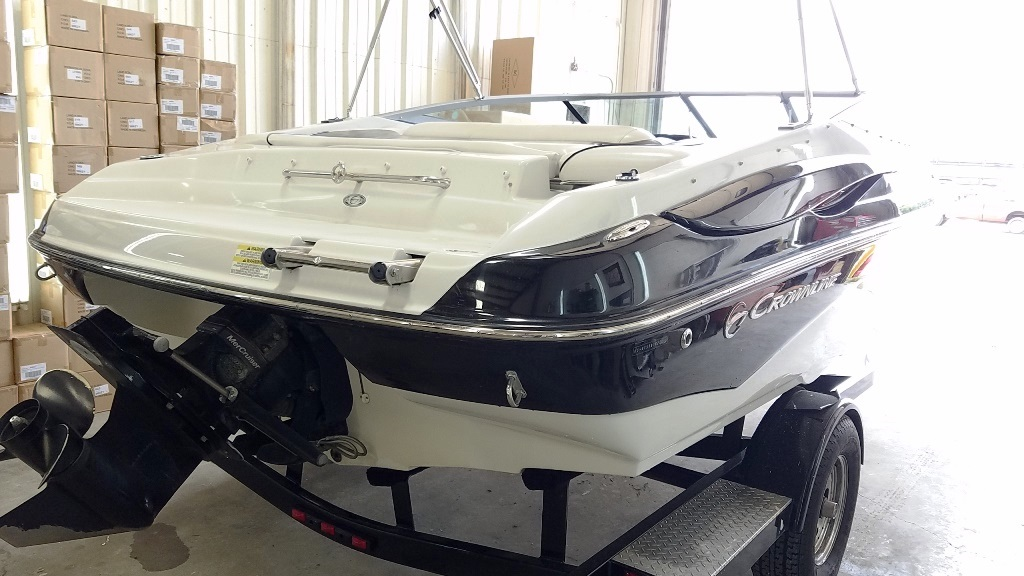 2012 Crownline boat for sale, model of the boat is Bowrider 21 SS & Image # 3 of 13