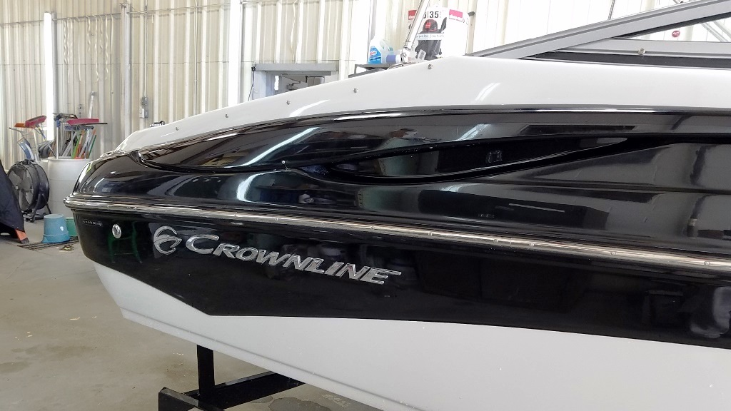 2012 Crownline boat for sale, model of the boat is Bowrider 21 SS & Image # 4 of 13