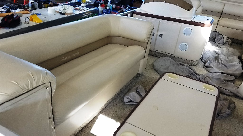 1996 Crest Pontoons boat for sale, model of the boat is Savannah Gold & Image # 5 of 9