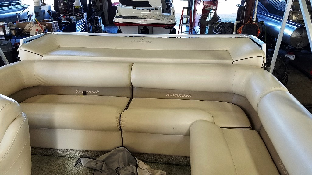 1996 Crest Pontoons boat for sale, model of the boat is Savannah Gold & Image # 7 of 9