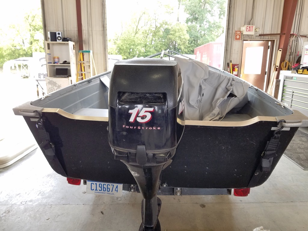 2011 Smoker Craft boat for sale, model of the boat is 14 Voyager & Image # 3 of 4