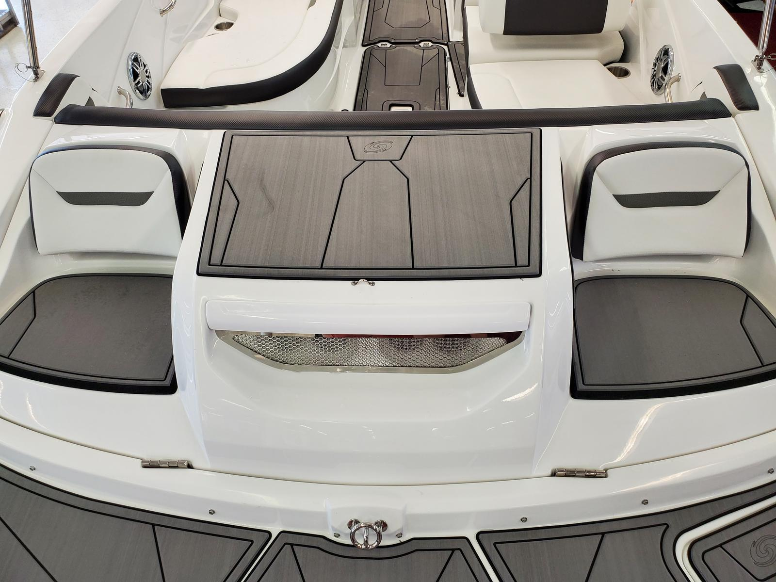2021 Hurricane boat for sale, model of the boat is SunDeck Sport 205 IO & Image # 2 of 4