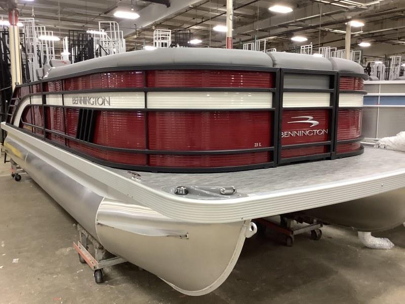 2021 Bennington boat for sale, model of the boat is 23 LSB & Image # 1 of 12