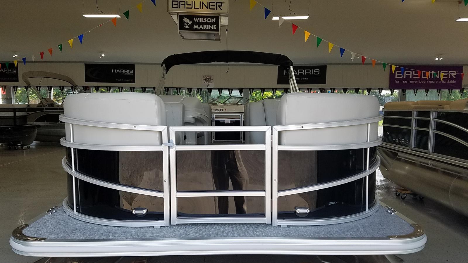 2021 SunChaser boat for sale, model of the boat is Vista 22 LR & Image # 2 of 7