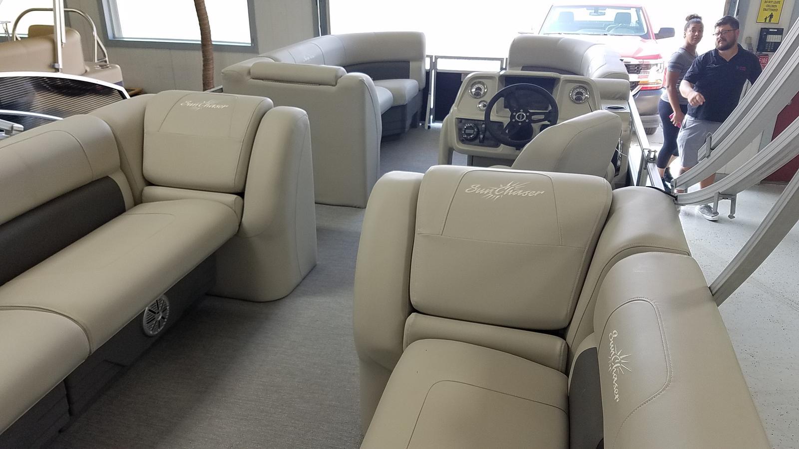 2021 SunChaser boat for sale, model of the boat is Vista 22 LR & Image # 4 of 7