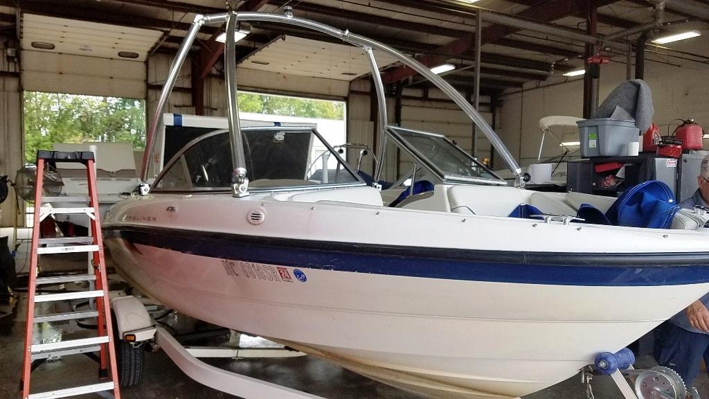 2005 Bayliner boat for sale, model of the boat is 185 & Image # 1 of 9