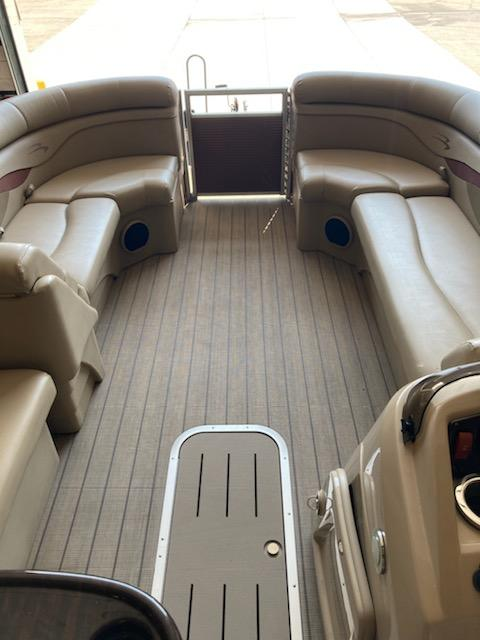 2018 Bennington boat for sale, model of the boat is 22 SSX & Image # 5 of 6