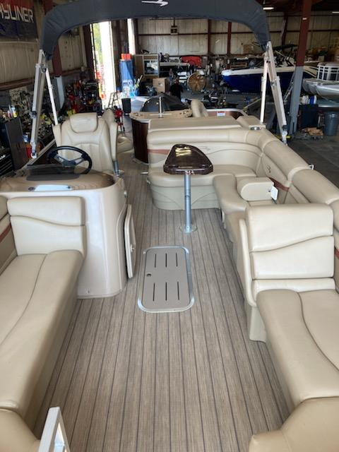 2018 Bennington boat for sale, model of the boat is 22 SSX & Image # 1 of 6