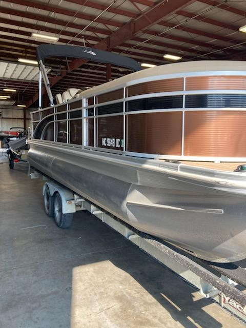 2018 Bennington boat for sale, model of the boat is 22 SSX & Image # 2 of 6