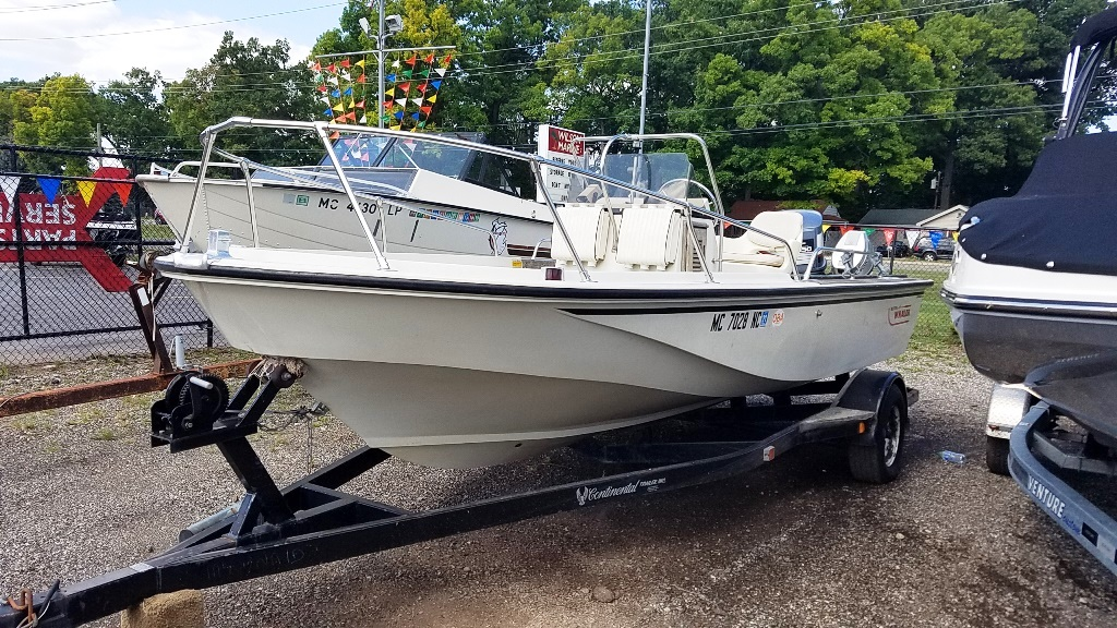1986 Boston Whaler boat for sale, model of the boat is Outrage 18 & Image # 1 of 8