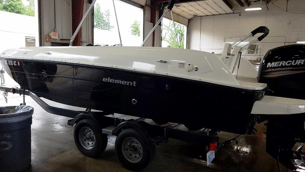 2017 Bayliner boat for sale, model of the boat is Element E21 & Image # 3 of 12
