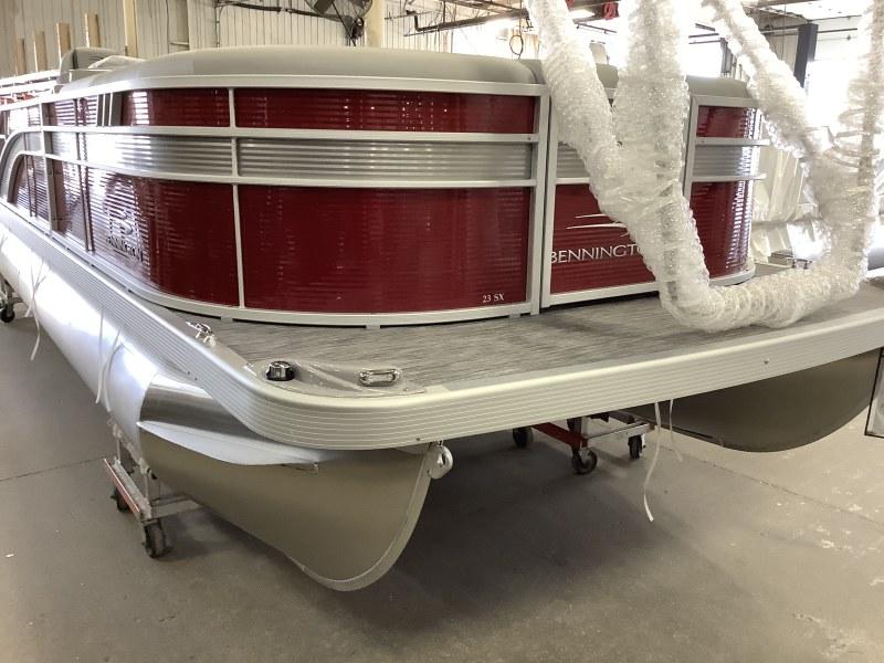 2021 Bennington boat for sale, model of the boat is 23 SSBX & Image # 1 of 23