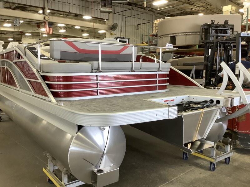 2021 Bennington boat for sale, model of the boat is 23 SSBX & Image # 11 of 23