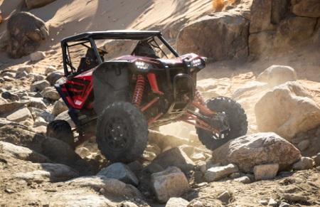 Honda® TALON 1000R Side x Side rock crawling