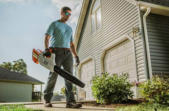 STIHL Battery-Operated Chainsaws