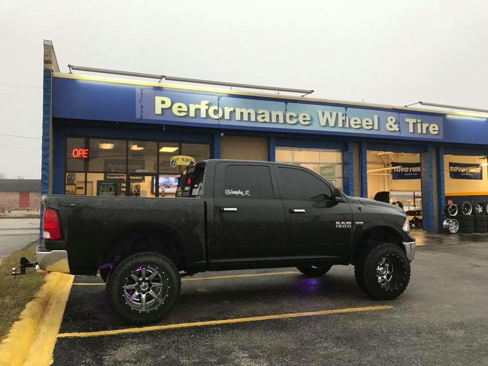 Performance Wheel Tire