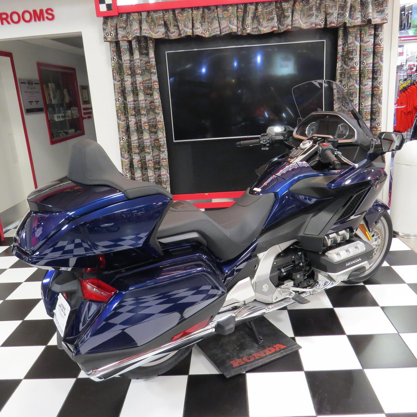 2018 Honda Gl1800 Gold Wing Tour For Sale In Litchfield Il Goldwing Seat Heat Wiring Diagram 1 31