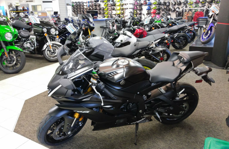 2017 Yamaha YZF-R6 Matte Black White Stripe Oshkosh WI