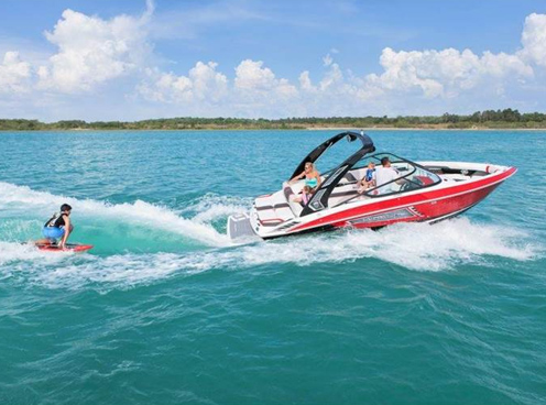 Regal 23 RX Surf Boat