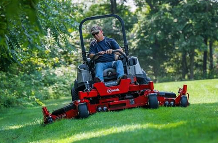 Exmark Lazer Z Diesel Series Riding Mowers