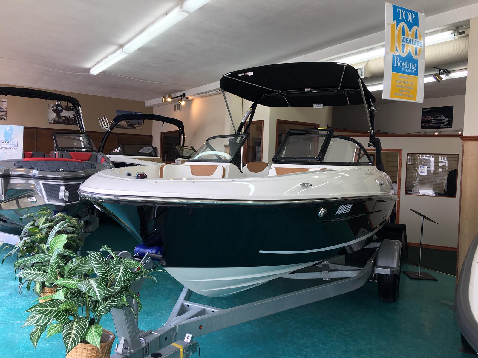 2019 Bayliner boat for sale, model of the boat is VR4 Bowrider & Image # 1 of 22