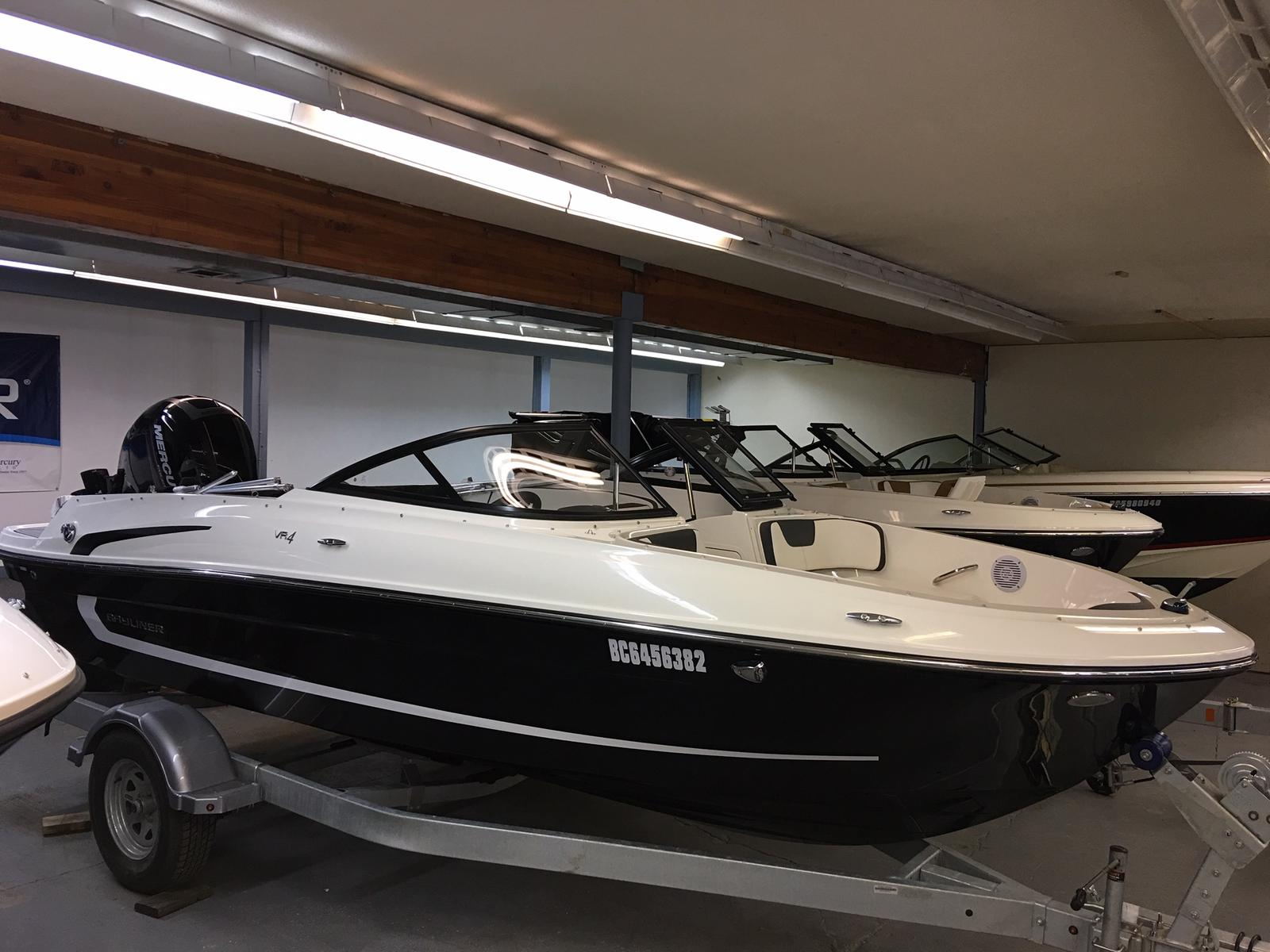 2019 Bayliner boat for sale, model of the boat is VR4 Bowrider Outboard & Image # 1 of 19
