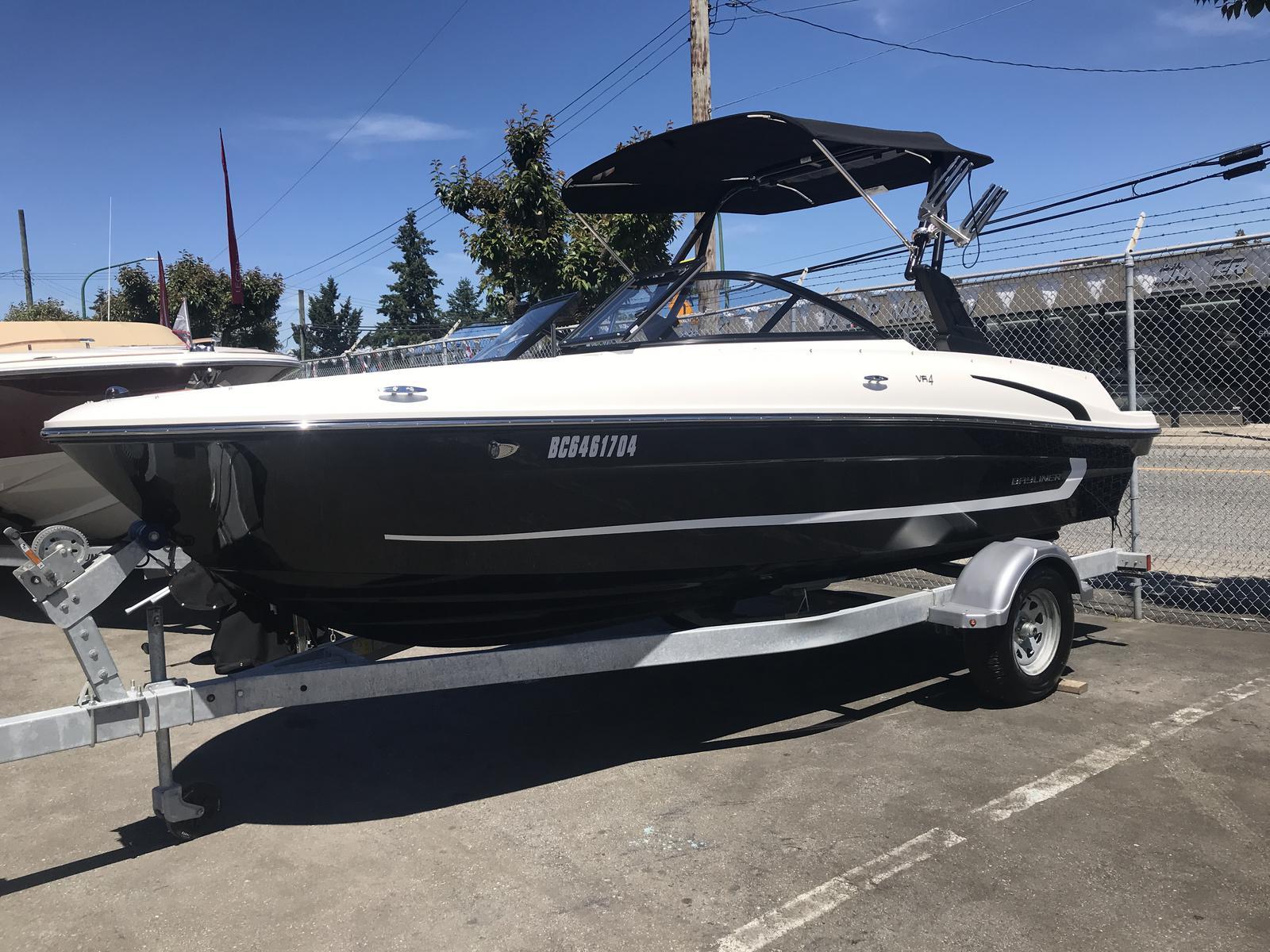 2019 Bayliner boat for sale, model of the boat is VR4 Bowrider & Image # 1 of 23