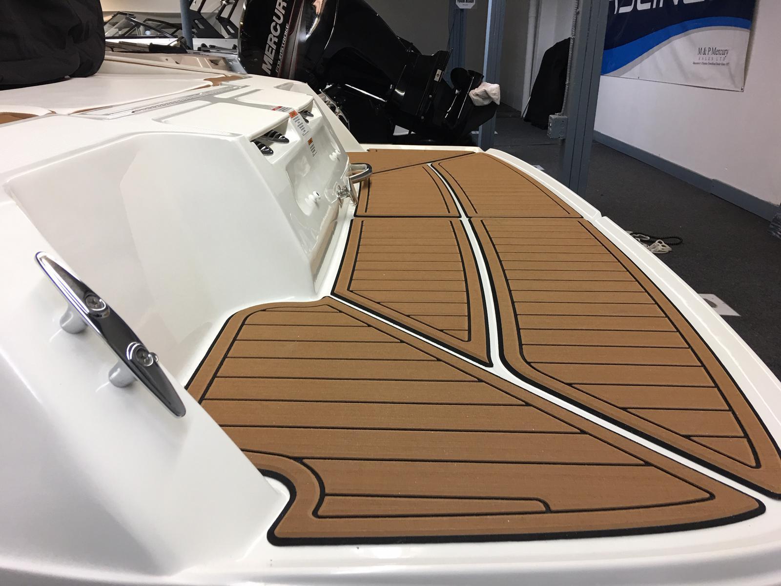 2019 Bayliner boat for sale, model of the boat is VR4 Bowrider & Image # 5 of 23