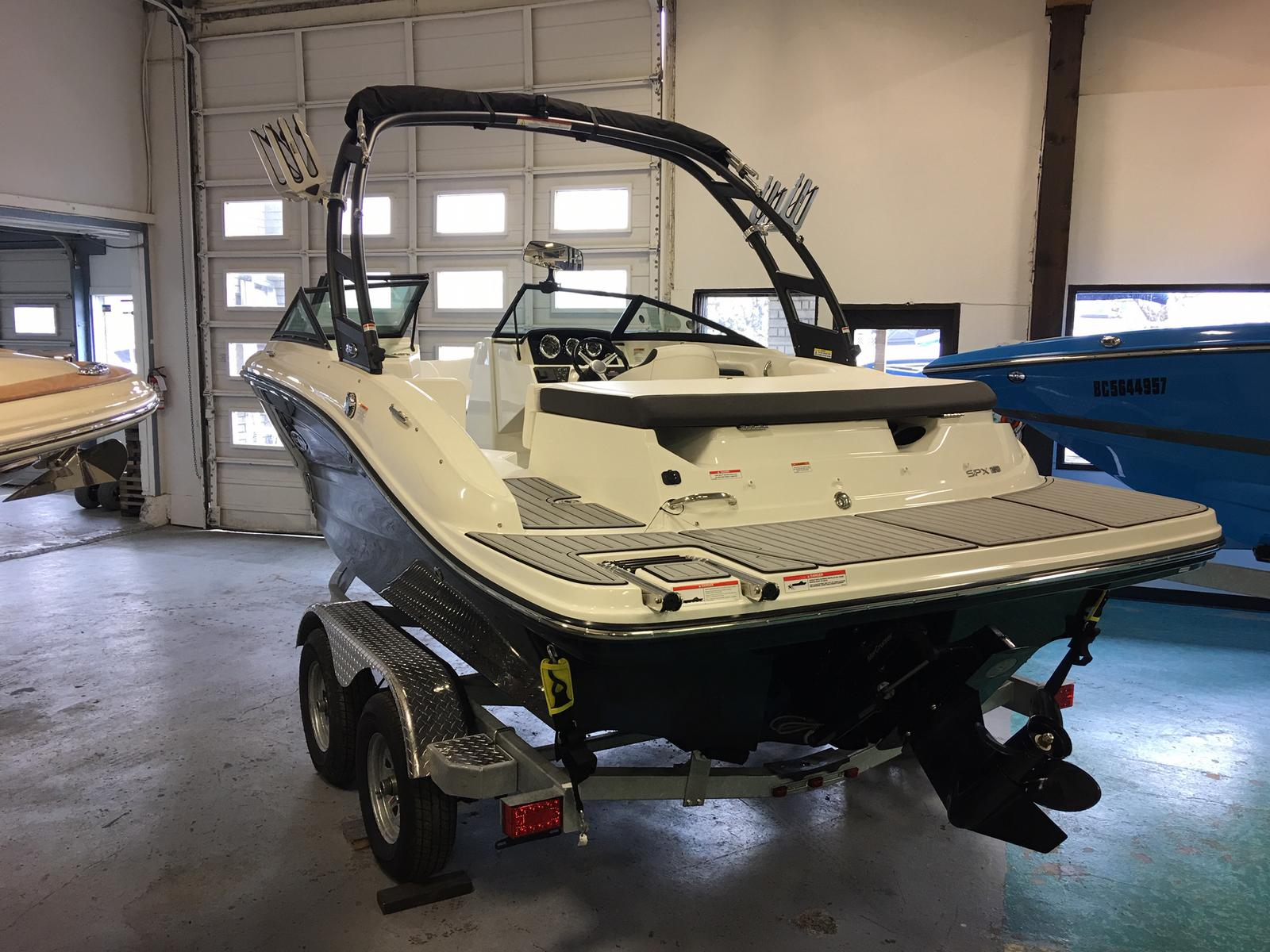 2019 Sea Ray boat for sale, model of the boat is SPX 190 & Image # 2 of 14