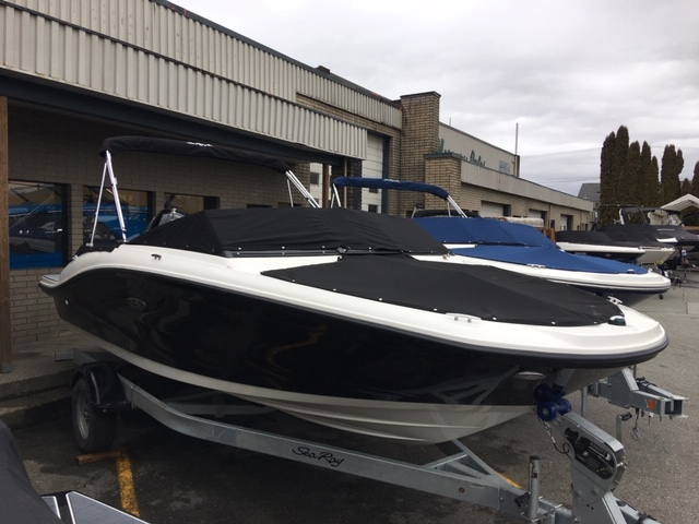 2019 Sea Ray boat for sale, model of the boat is SPX 190 OB & Image # 1 of 7