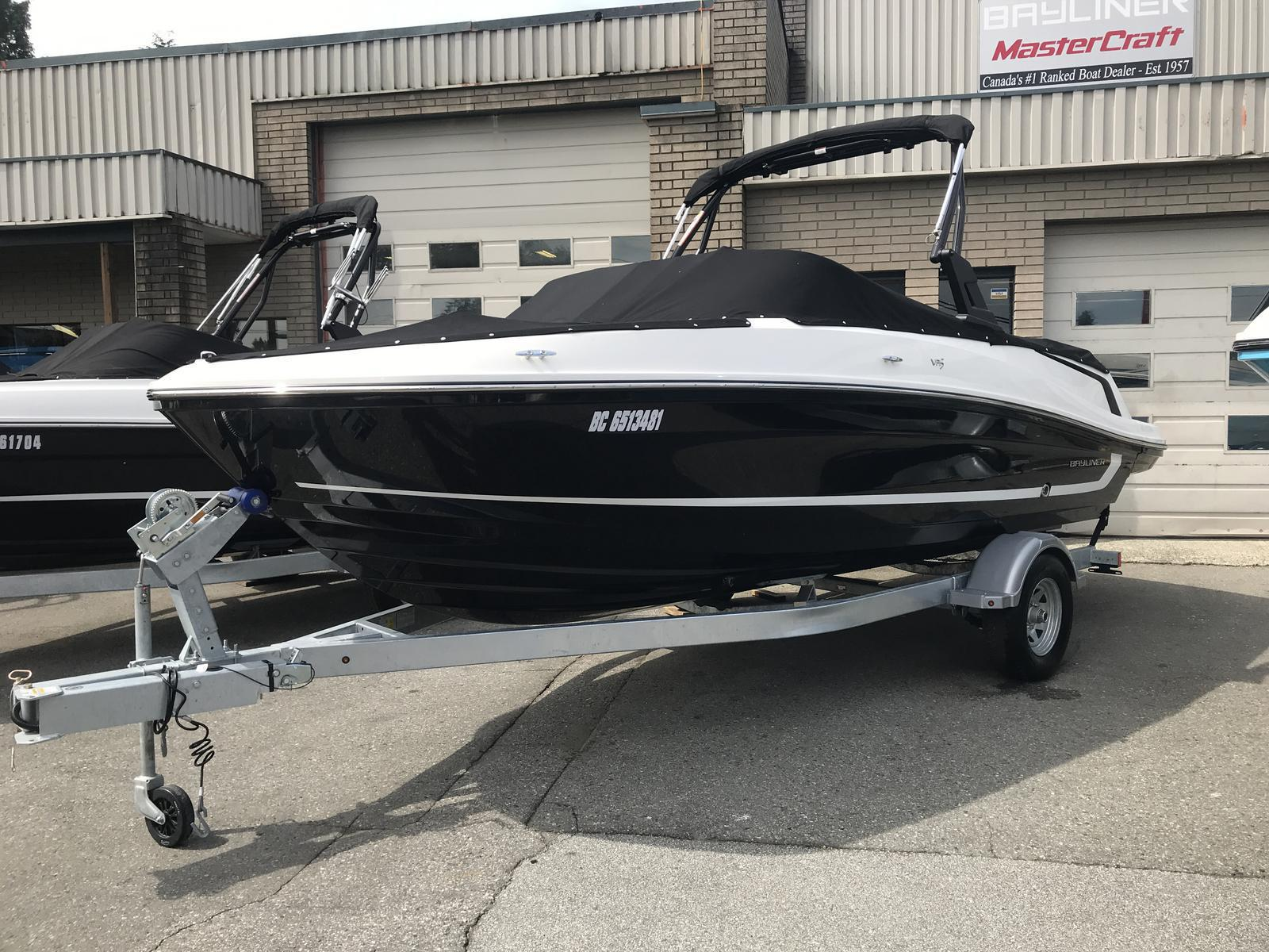 2019 Bayliner boat for sale, model of the boat is VR5 Bowrider & Image # 1 of 22