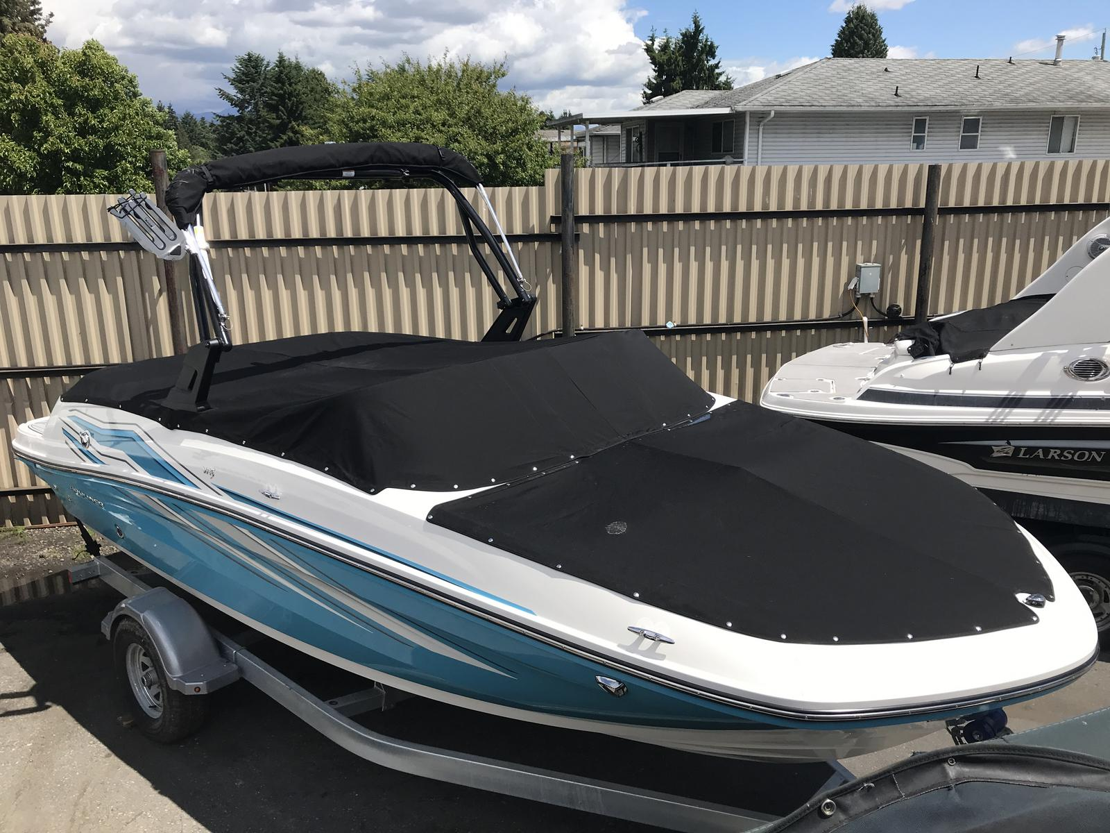 2019 Bayliner boat for sale, model of the boat is VR5 Bowrider & Image # 2 of 23