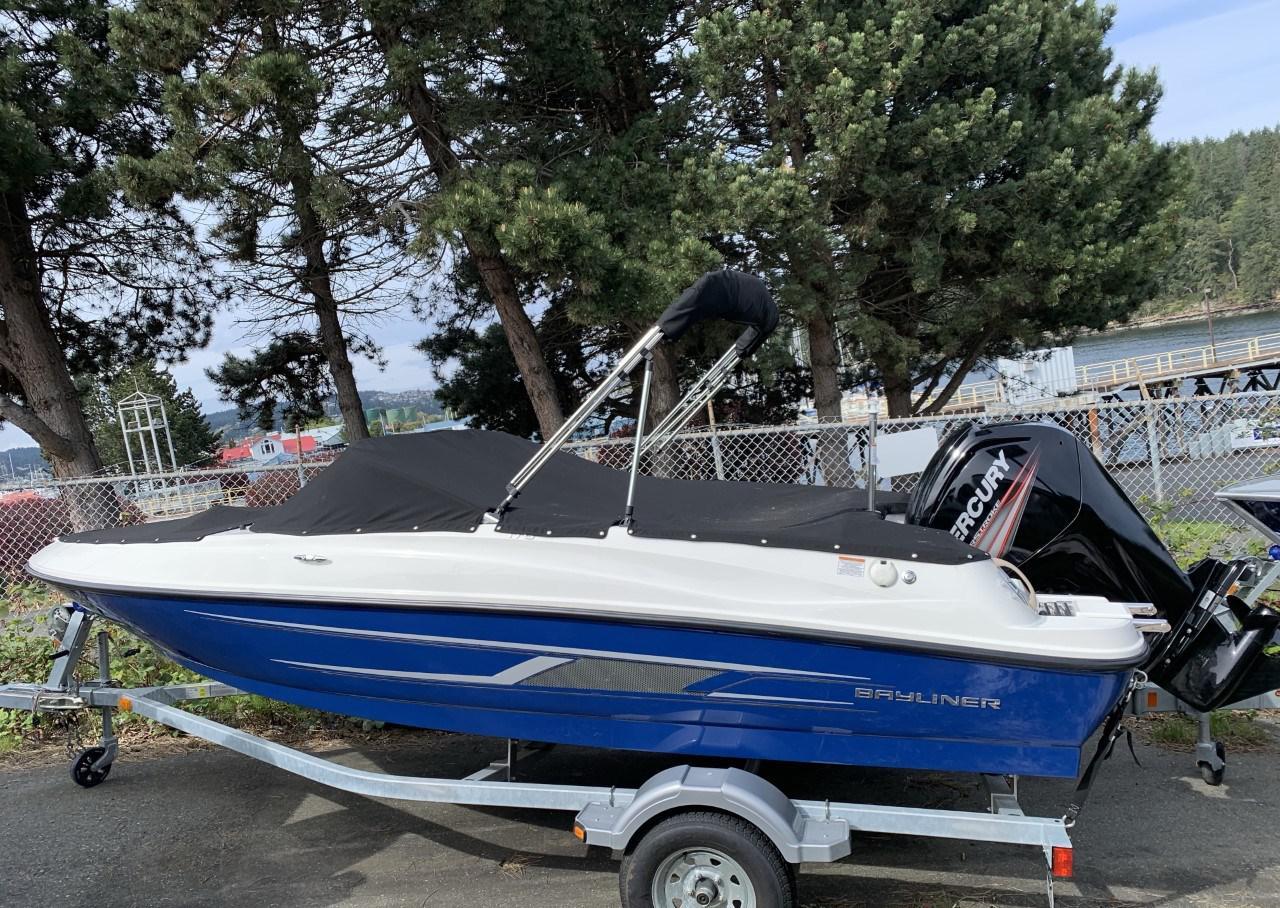 2016 Bayliner boat for sale, model of the boat is 170 Bowrider & Image # 1 of 3
