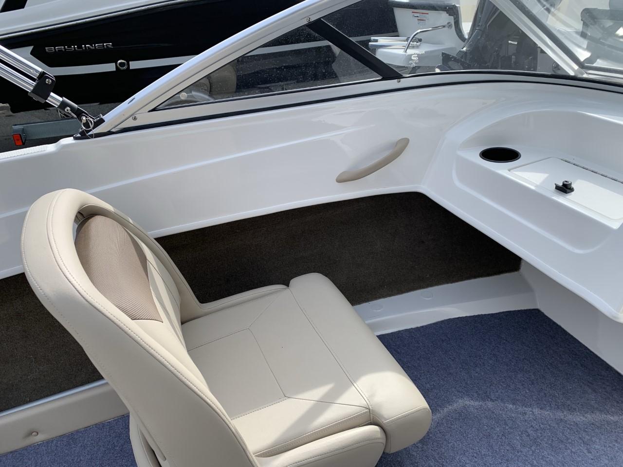 2016 Bayliner boat for sale, model of the boat is 170 Bowrider & Image # 3 of 3