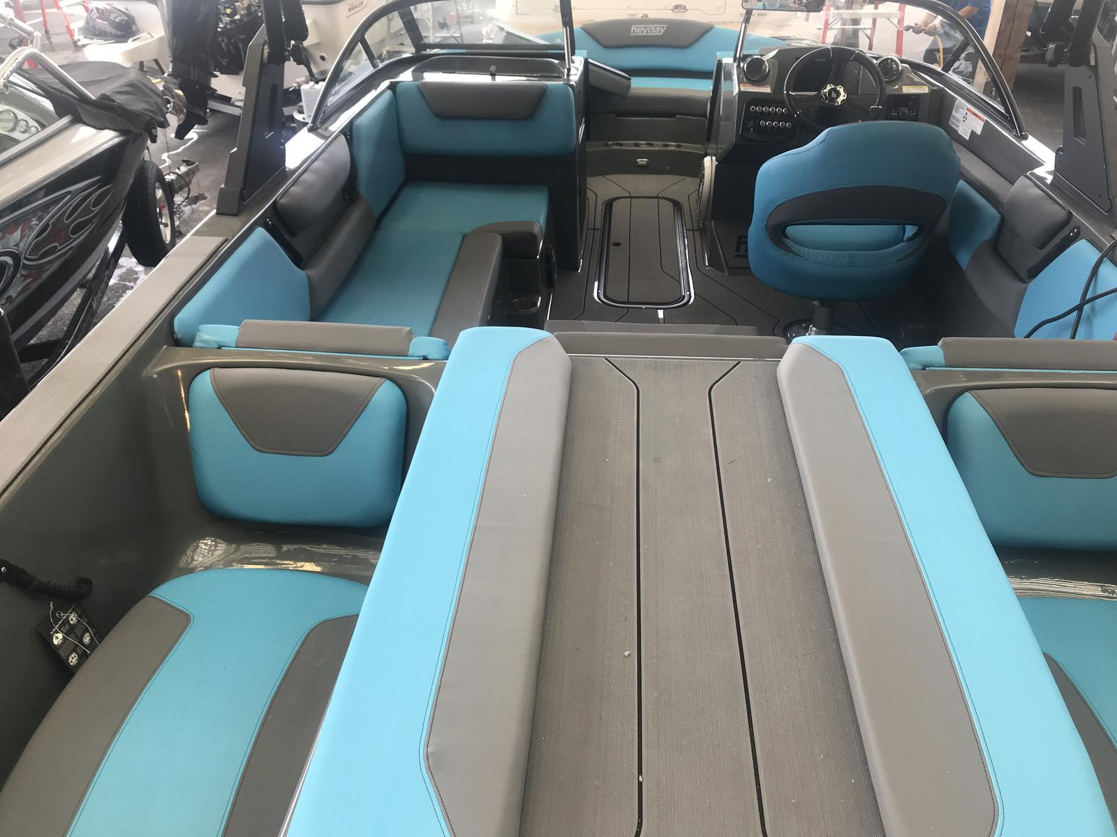 2019 Heyday boat for sale, model of the boat is WT-2DC & Image # 6 of 13