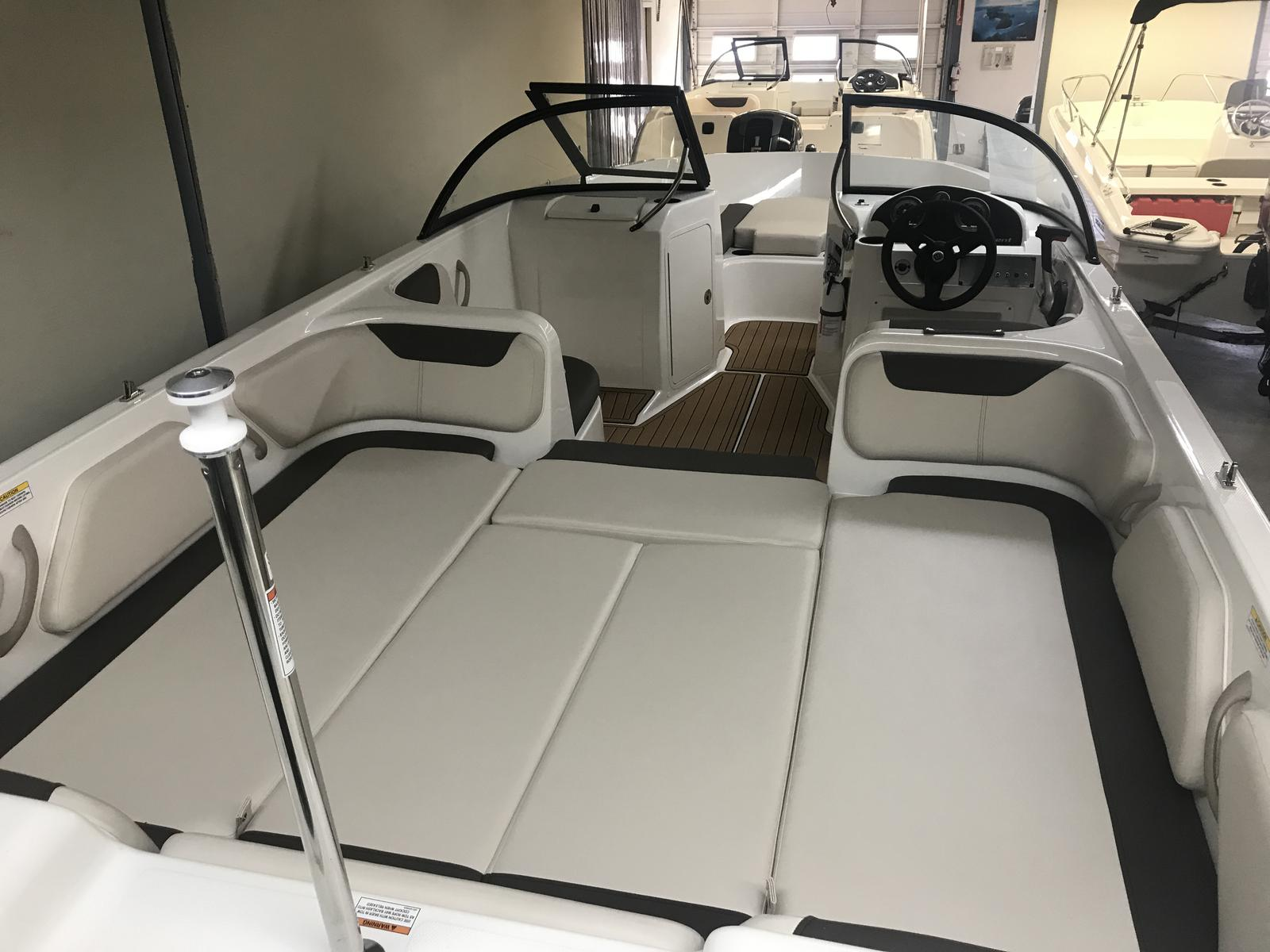 2019 Bayliner boat for sale, model of the boat is Element E21 & Image # 3 of 22